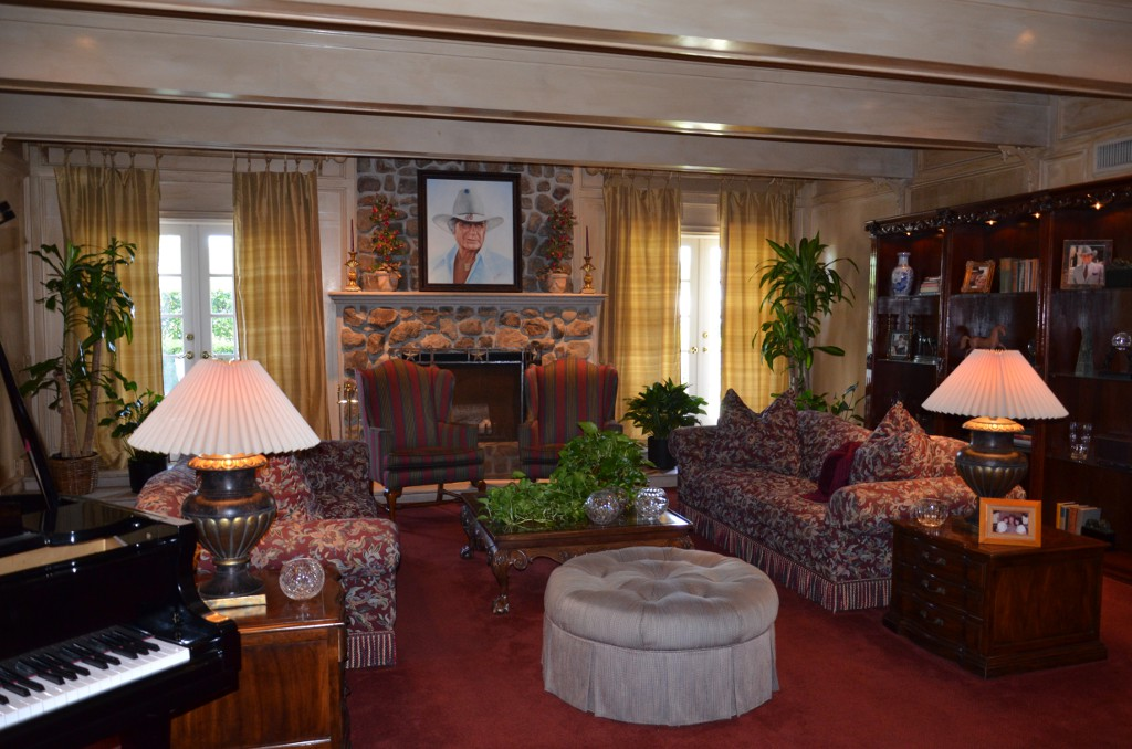 Southfork Ranch - Living Room