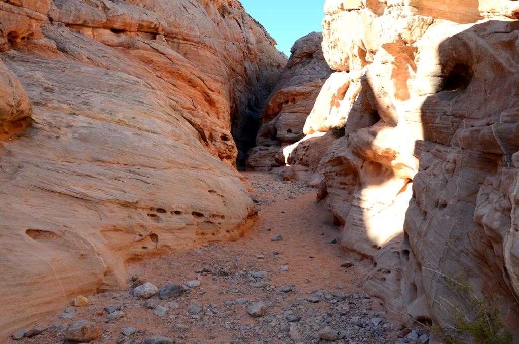 Valley of Fire - White Domes Narrows