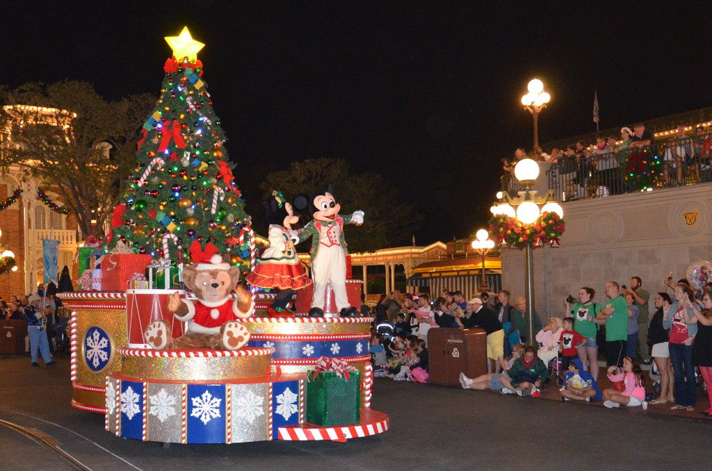 Mickeys Very Merry Christmas Parade