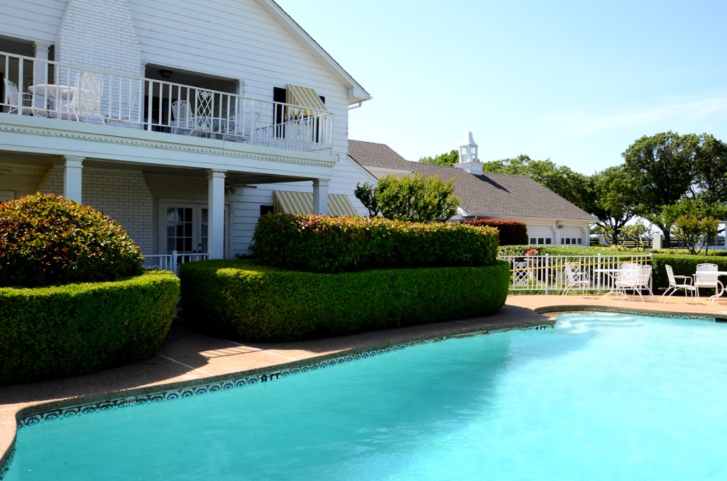 Southfork Ranch - Pool