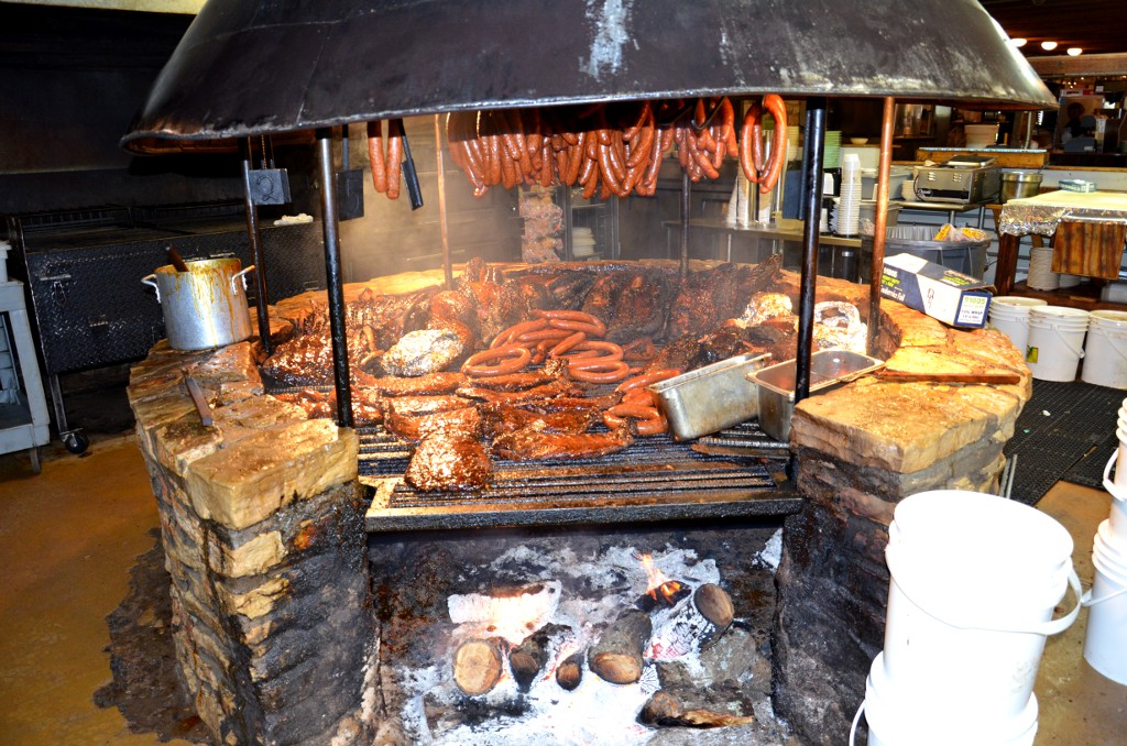 Salt Lick Barbeque - Driftwood