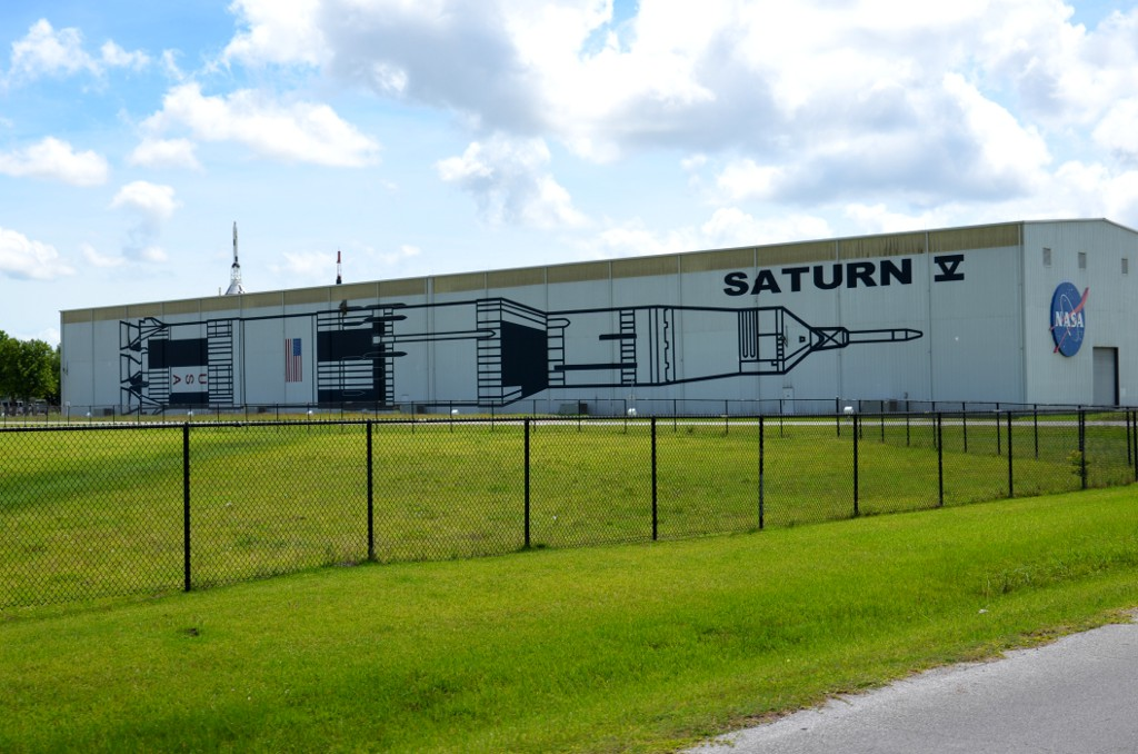 Saturn V Halle - Space Center Houston