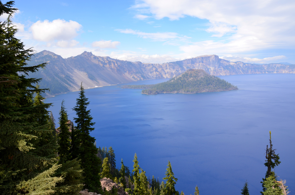Sunny Wizard Island - Crater Lake NP
